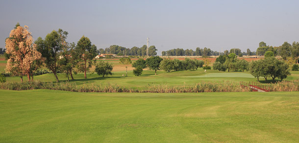 METAPONTO GOLF CLUB